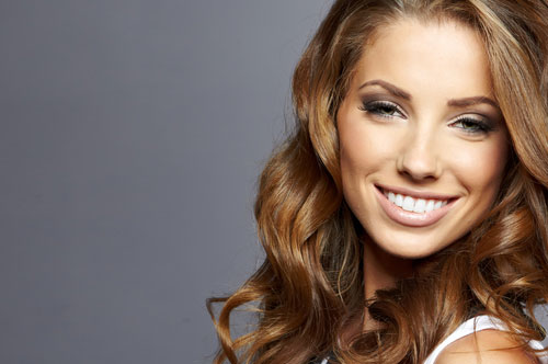 Dental Veneers Will Give You a Hollywood Smile
